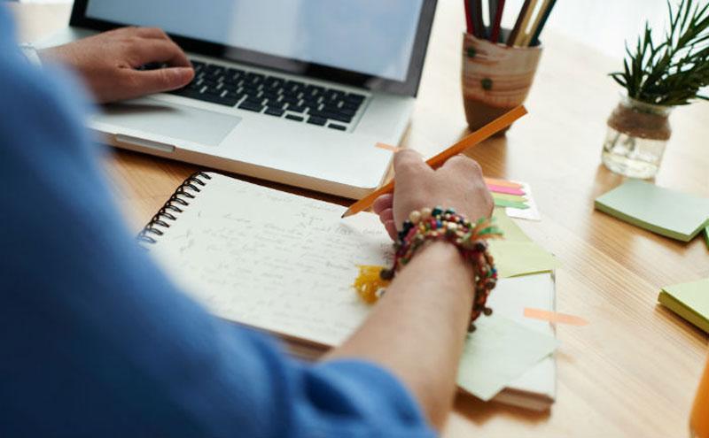 Dicas de sucesso para estudar online